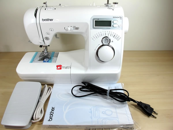 Brother nv15 macchina da cucire per principianti con for Macchina da cucire economica per principianti