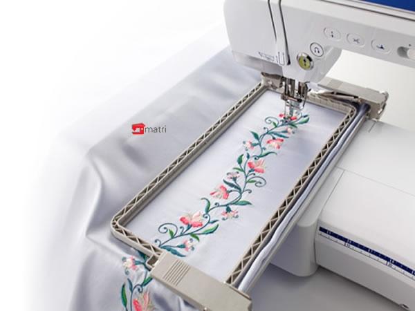 Brother innovis v7 macchina da cucire e ricamo matri for Macchina da cucire e ricamo